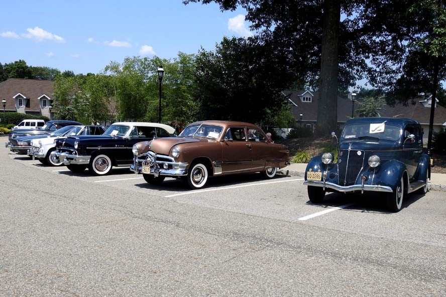 CareOne @ Livingston Cruise In