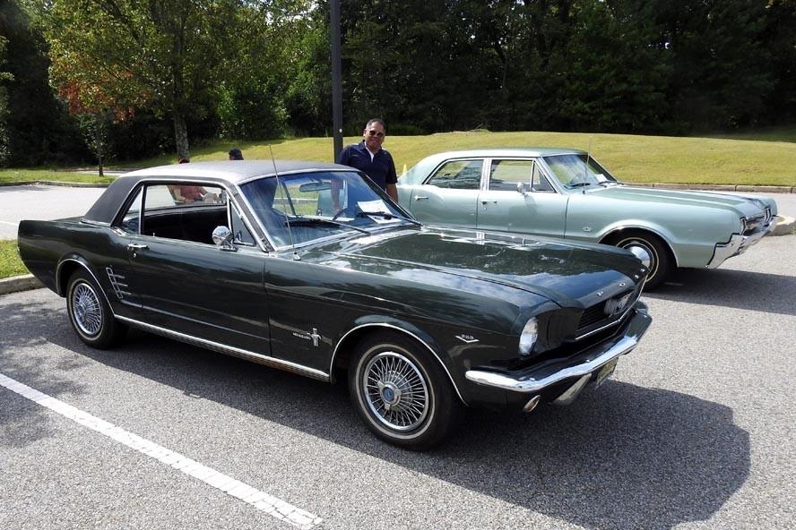 DSCN6001 - NJ Veterans Memorial Home Car Show