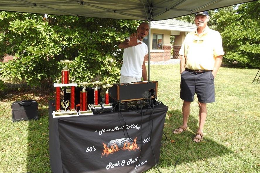 DSCN6010 - NJ Veterans Memorial Home Car Show