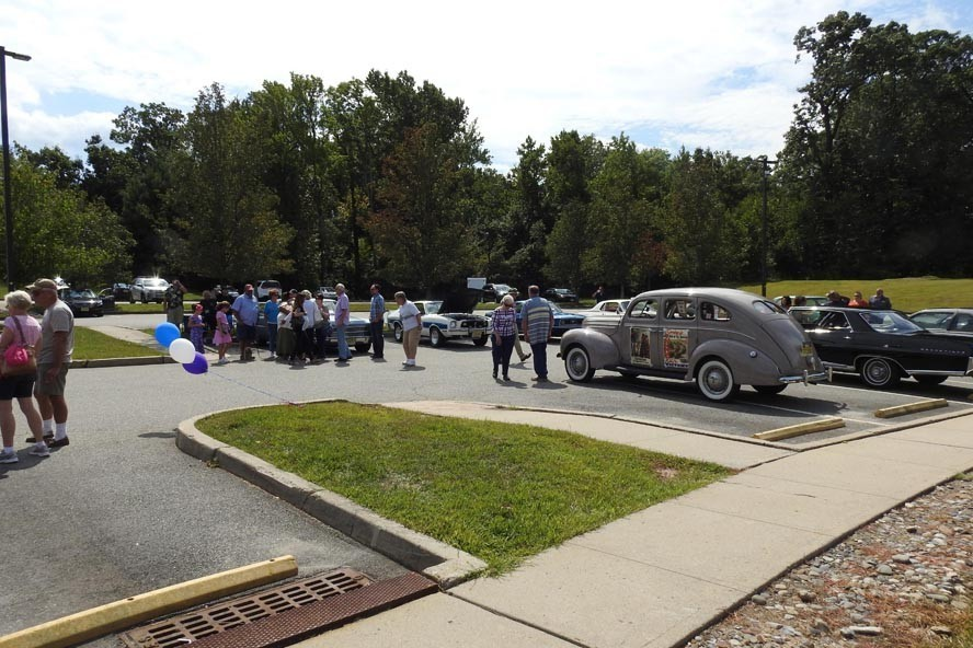 DSCN6013 - NJ Veterans Memorial Home Car Show