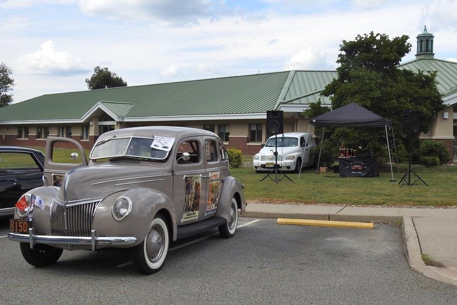 DSCN6030 - NJ Veterans Memorial Home Car Show