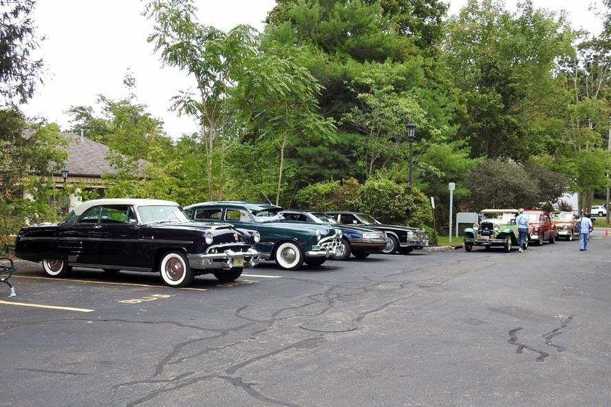 Brookdale of Florham Park Cruise In