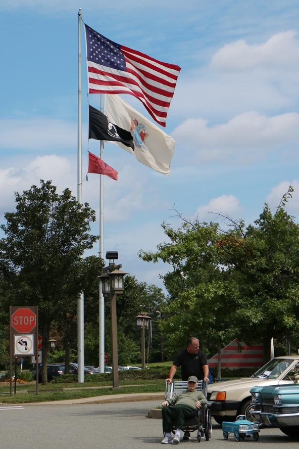 Vet Home Menlo Park 19 09 08 037 - NJ Veterans Memorial Home Car Show