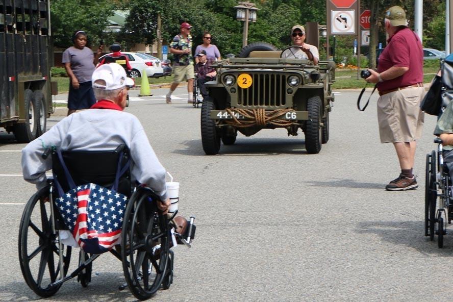Vet Home Menlo Park 19 09 08 042 - NJ Veterans Memorial Home Car Show