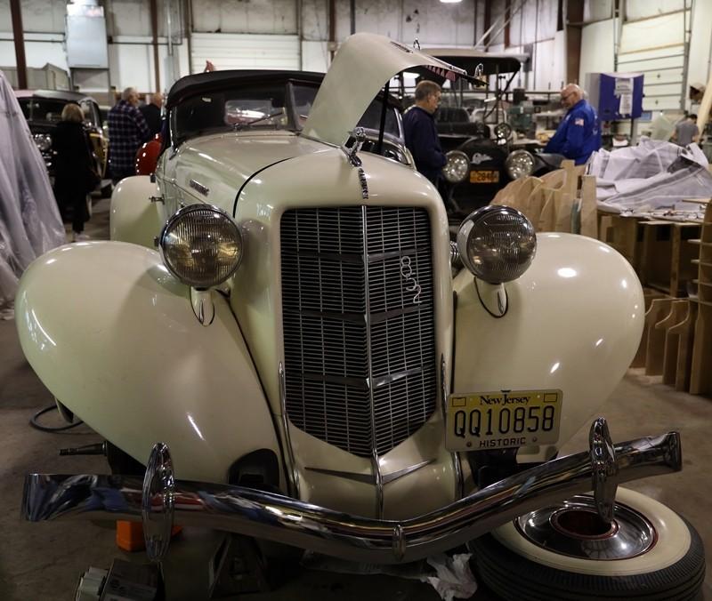Babinsky Tour 19 11 23 005 - Babinsky Automotive Restorations Tour