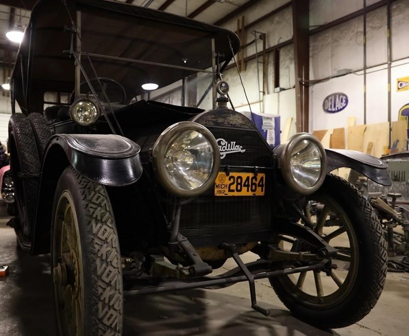 Babinsky Tour 19 11 23 007 - Babinsky Automotive Restorations Tour