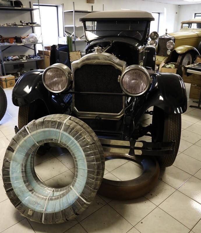 Babinsky Tour 19 11 23 032 - Babinsky Automotive Restorations Tour