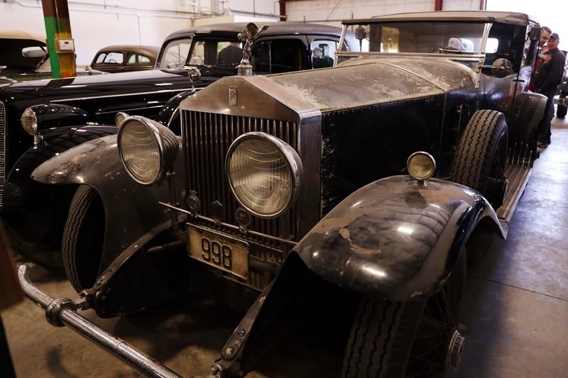 Babinsky Tour 19 11 23 065 - Babinsky Automotive Restorations Tour