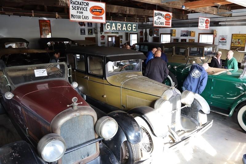 Babinsky Tour 19 11 23 104 - Babinsky Automotive Restorations Tour