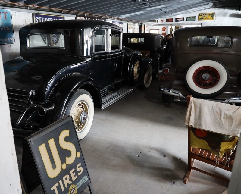 Babinsky Tour 19 11 23 106 - Babinsky Automotive Restorations Tour