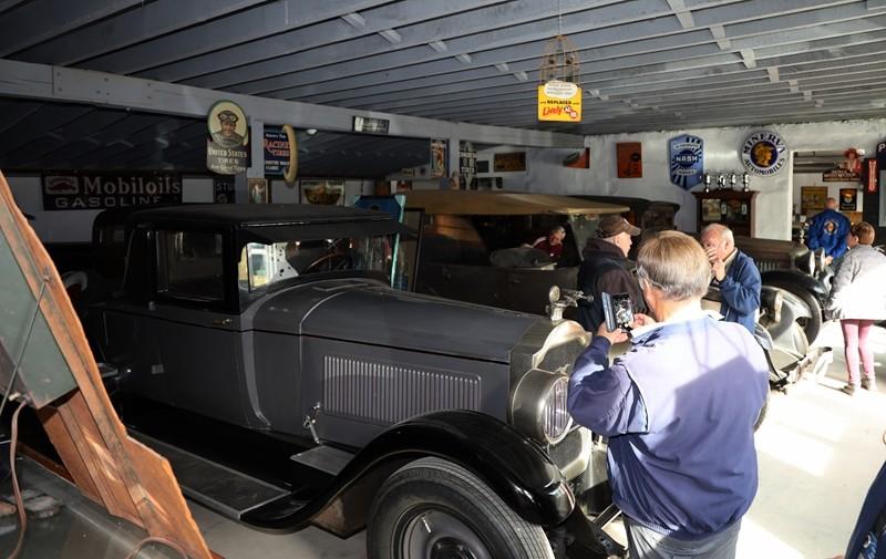 Babinsky Tour 19 11 23 123 - Babinsky Automotive Restorations Tour