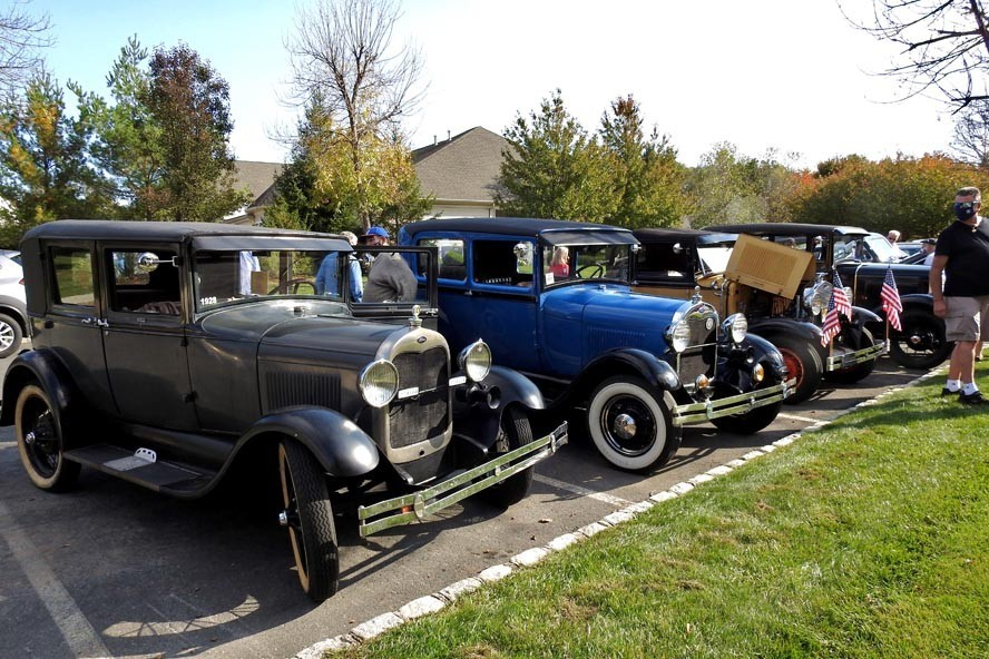 Antique Car Parade at Somerset Run 10/20/2020